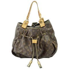 d01380102661 CHANEL JUMBO CLASSIC BAG BLACK CAVIAR LEATHER SILVER CHAIN BAG at ...