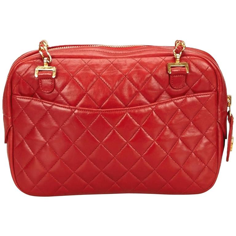 Red Chanel Quilted Lambskin Shoulder Bag For Sale