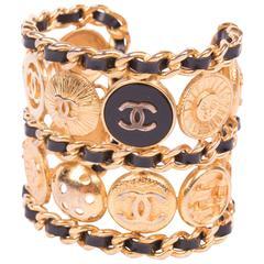Chanel Bracelet 1980's - gold/black patent leather