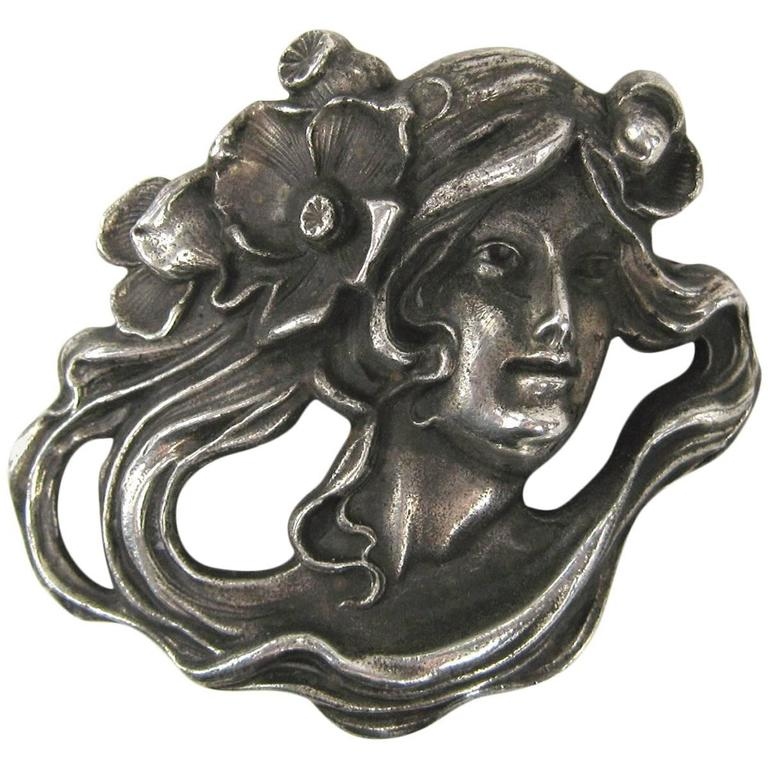 Art Nouveau Sterling Silver Portrait Brooch Pin Pendant 1920s of a woman  For Sale
