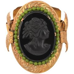 VICTORIAN REVIVAL c.1930's Black Glass Cameo Bronze Floral Carved Link Bracelet