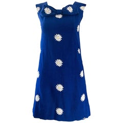 Chic 1960s Navy Blue Cotton Daisy Flower Print Vintage 60s Shift A - Line Dress