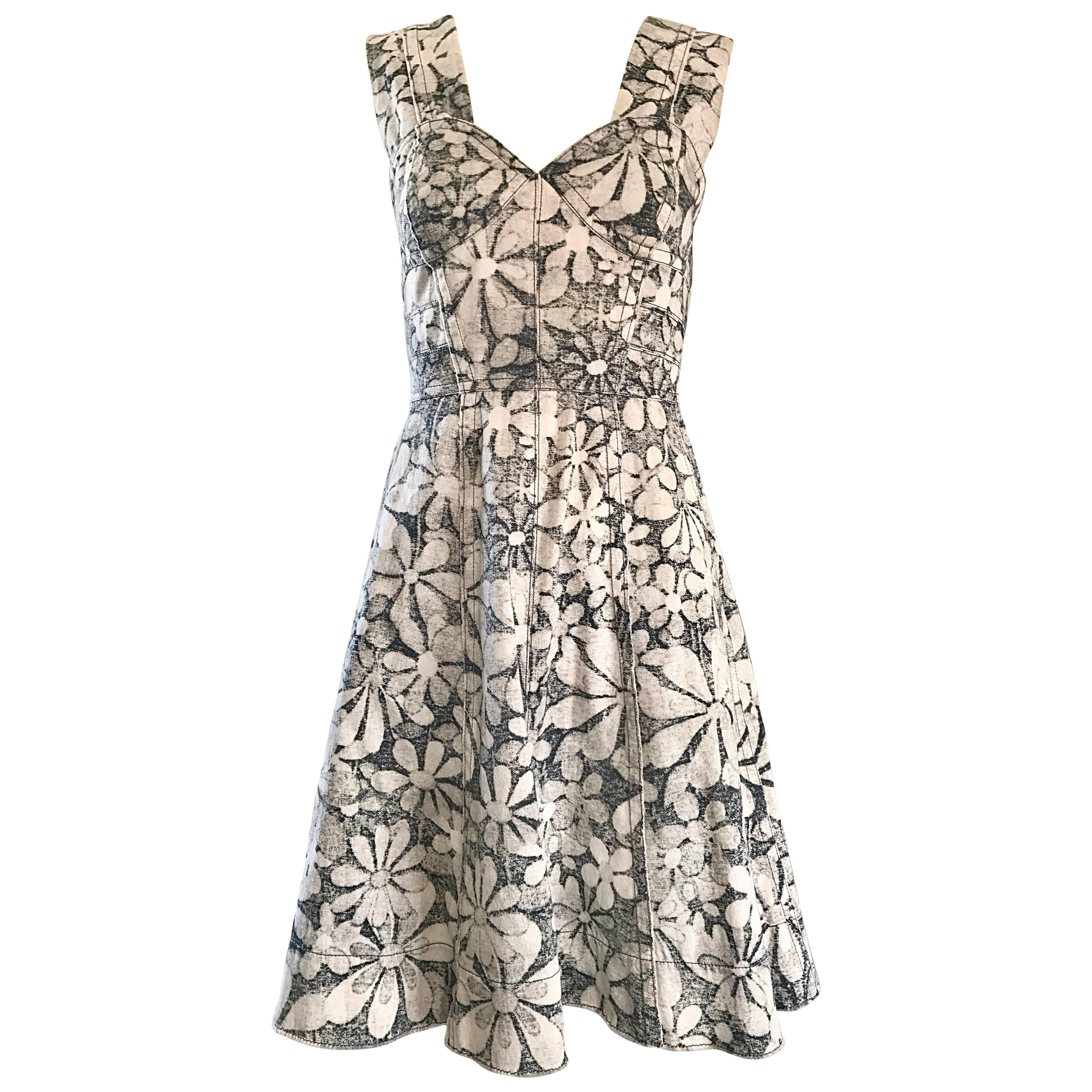 Marc Jacobs New Gray and White Denim Flower Size 0 / 2 Fit n' Flare Corset Dress