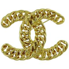 Chanel Vintage Massive Iconic Gold Toned Curb Chain Logo Brooch