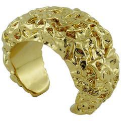 Chanel by Maison Desrues Vintage Crumpled Gold Tone Cuff Bracelet 1988