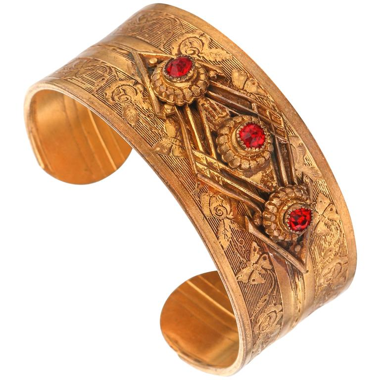 VICTORIAN REVIVAL c.1930's Floral Etched Brass Red Crystal Cuff Bracelet For Sale