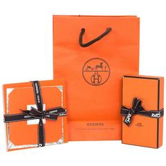 Hermes Scarf Knotting Cards and Booklets with Shopping Bag