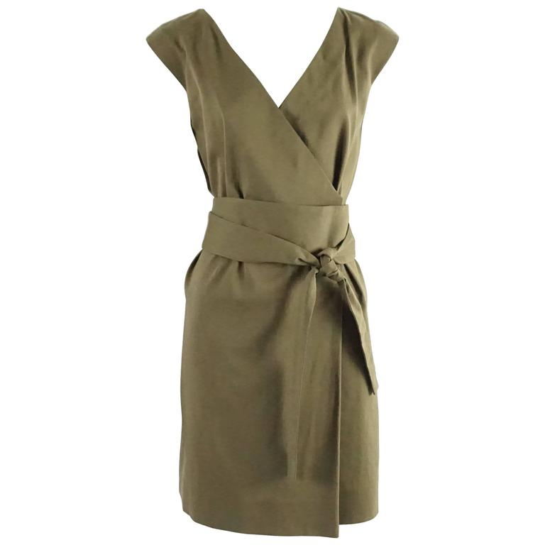 61ddcbe7d6d Gucci Olive Cotton Shift Dress with Sash - 40 For Sale at 1stdibs