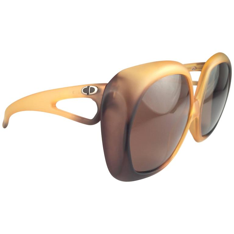 New Vintage Christian Dior 2005 Matte Ombre Amber Oversized Optyl Sunglasses For Sale