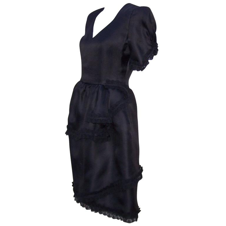 Lovely 1980's Carolina Herrera Tiered Black Silk Dress With Lace Details