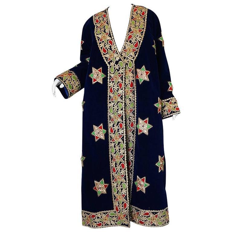 1960s Deep Blue Velvet & Embroidered Star Applique Coat For Sale