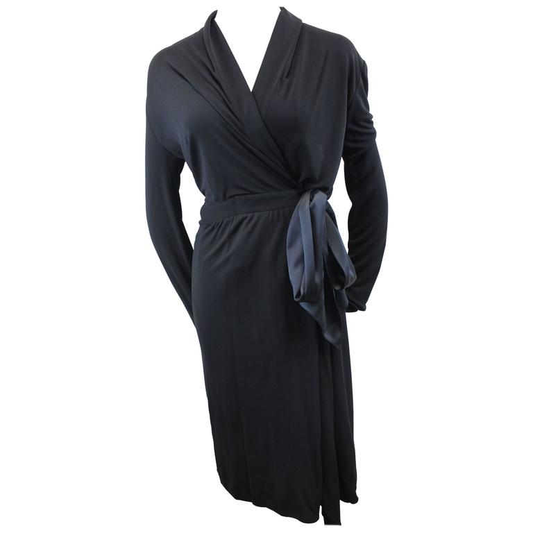 Yves Saint Laurent Black Dress with Closing Ribbon. Size S For Sale