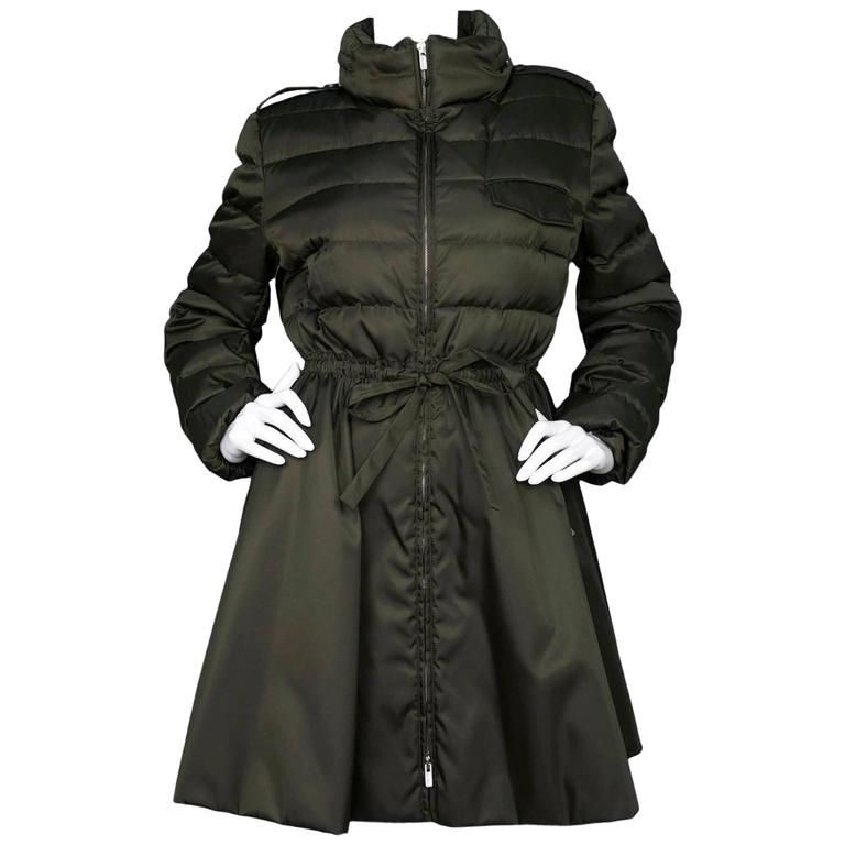 Miu Miu Iridescent Olive Fit Flare Puffer Coat sz IT48 rt. $2,300 For Sale