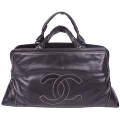 Chanel Tote Bag with Chain Trim - black leather