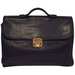 Men's Bottega Veneta Vintage Messenger Bag in Black