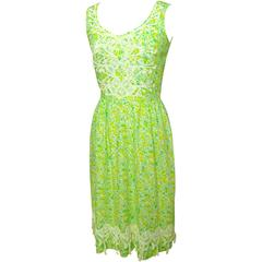 Vintage 70s Lilly Pulitzer Floral Print Dress with Lace Detailing Size 8/10