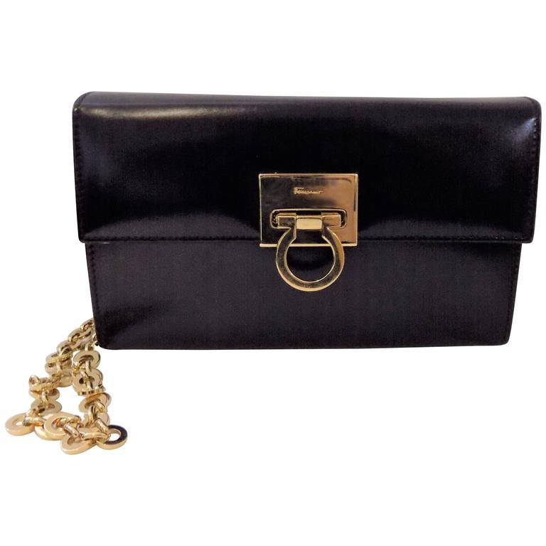 Salvatore Ferragamo Salvador Ferragamo Patent-leather Clutch/ Shoulder Bag ixQlut
