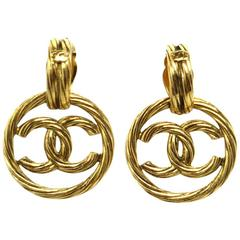 Chanel Vintage Gold Braided Circle Hoop Doorknocker Evening Earrings in Box