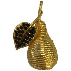 Hattie Carnegie Vintage Gold Pear Pin Brooch Faux Onyx Cabochon Embellishment