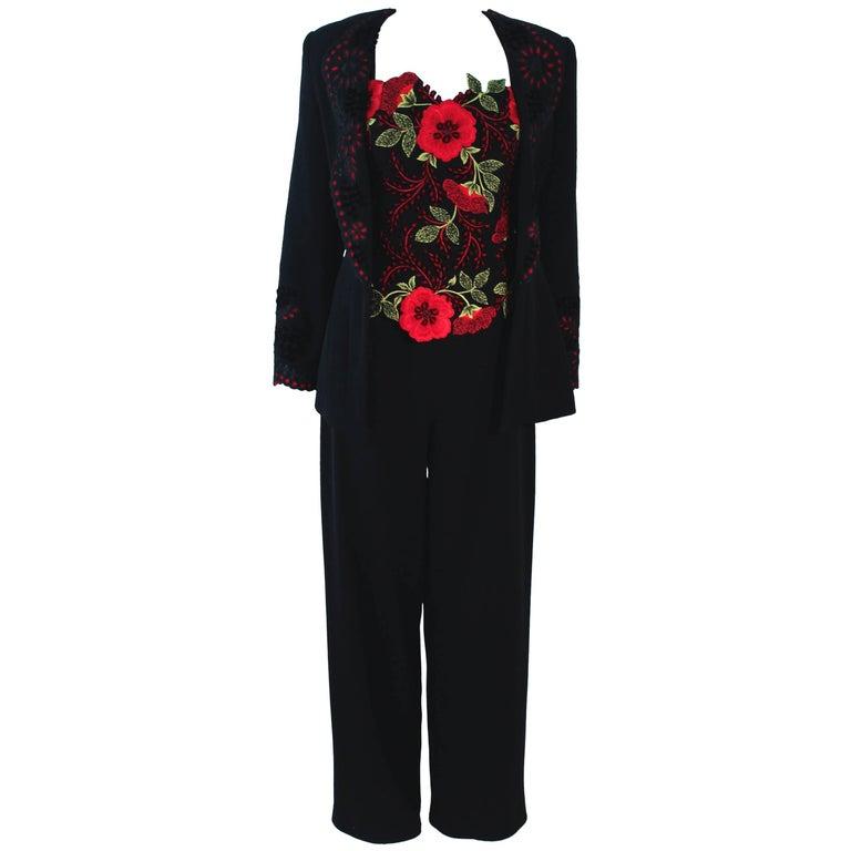 FE ZANDI Vintage Black Floral Bustier Lace Pant Suit Size 8 For Sale