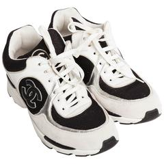 Chanel Low Top Glitter Sneakers - 39