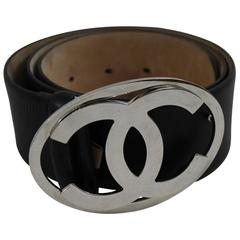 Chanel Double CC Buckle Balck leather Belt. Size 75 (30 US)