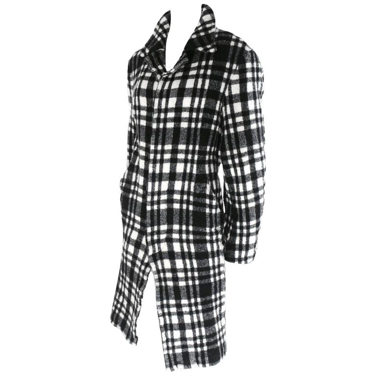 Comme des Garcons 2007 Collection Twisted Back Panel Coat