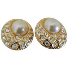 Gold tone faux white pearls with swarovski Clip on earrings