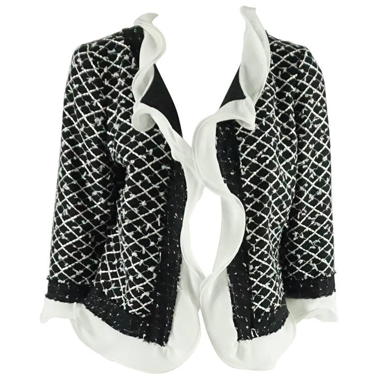 Oscar de la Renta Black and White Tweed Jacket - 10 For Sale