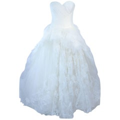 VERA WANG White Tulle & Lace Wedding Gown With Gathered Bustier Size 4 10K