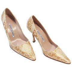 MANOLO BLAHNIK Gold Leather Brocade Heels Size 35.5
