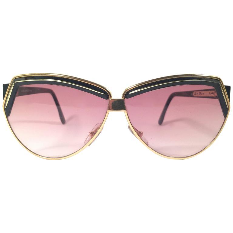 New Vintage Leonard LE5201 Black & Gold Cat Eye 1970's France Sunglasses