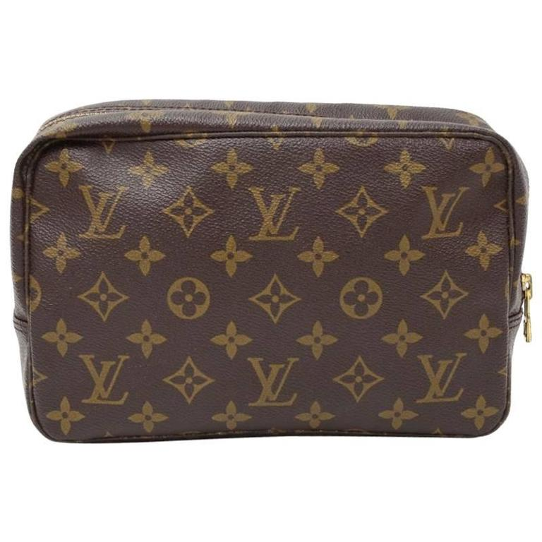 Vintage Louis Vuitton Trousse Toilette 23 Monogram Canvas Cosmetic Pouch For Sale