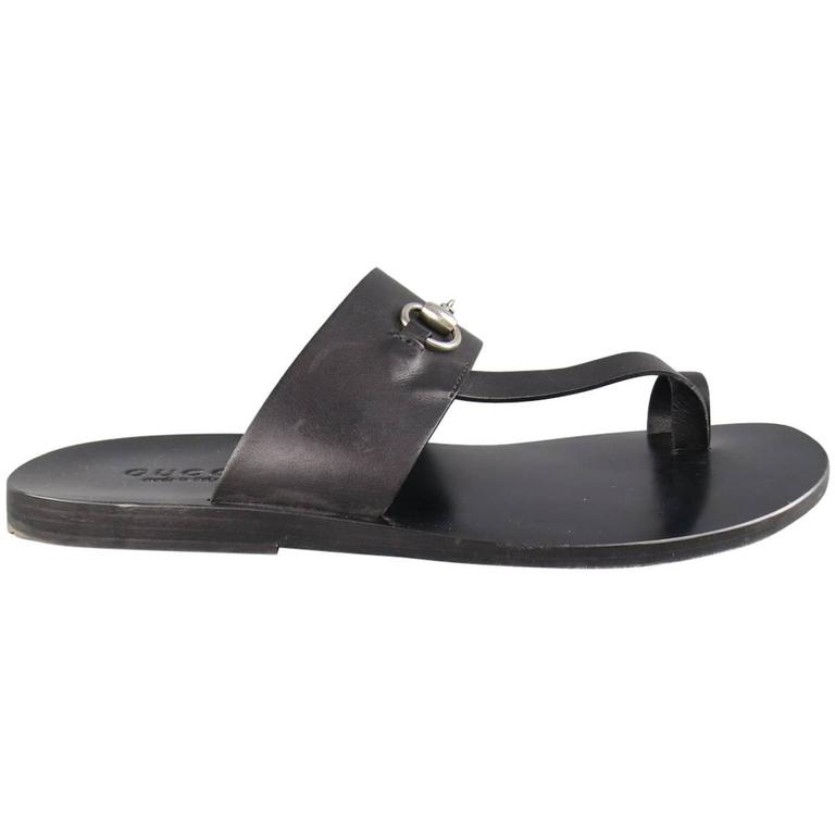 5454c6462 Men's GUCCI Size 11 Black Leather Silver Horsebit Toe Strap Sandals For  Sale. Classic GUCCI sandals in smooth black leather featuring a thick ...