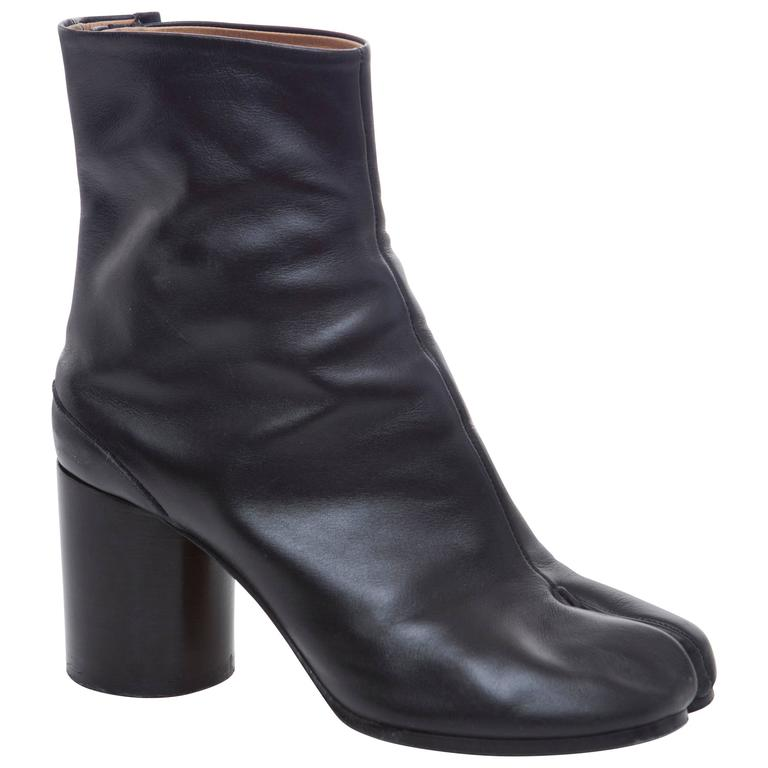 Maison Martin Margiela Black Leather Tabi Ankle Boots With Stacked Heel For Sale