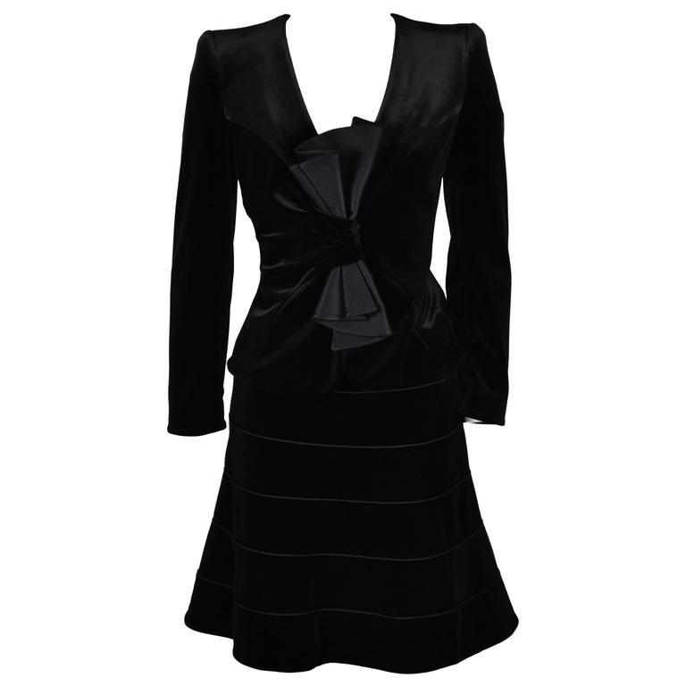 Giorgio Armani Classic Black Velvet Cocktail Skirt Suit