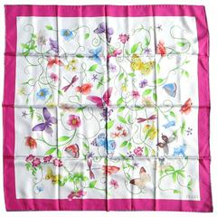 New GUCCI silk Butterfly - Flora Scarf Never Worn 1980s - 1990s