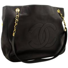 CHANEL Caviar Jumbo Chain Shoulder Bag Black Leather Zipper