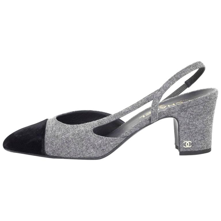5/9 Chanel Black and Grey Slingback Pumps Sz 41 For Sale