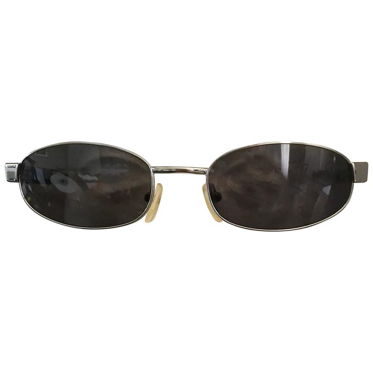 285d04c07eae Tom Ford for Gucci Unisex 1990s GG 1640 S Black Nickel Vintage Oval  Sunglasses For