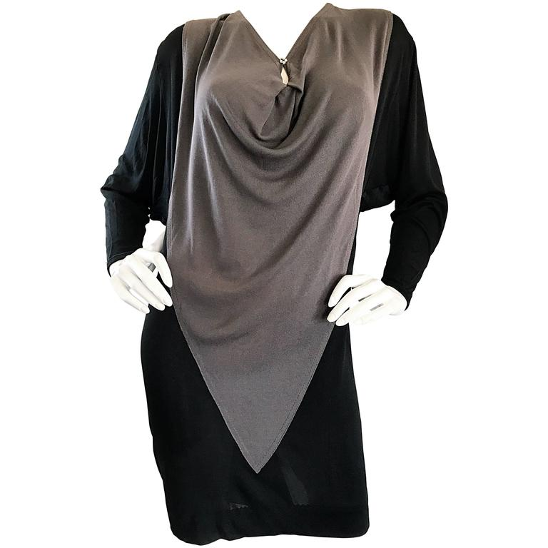 1990s C.D. Greene Black and Gray Colorblock Dolman Sleeve Vintage Jersey Dress For Sale
