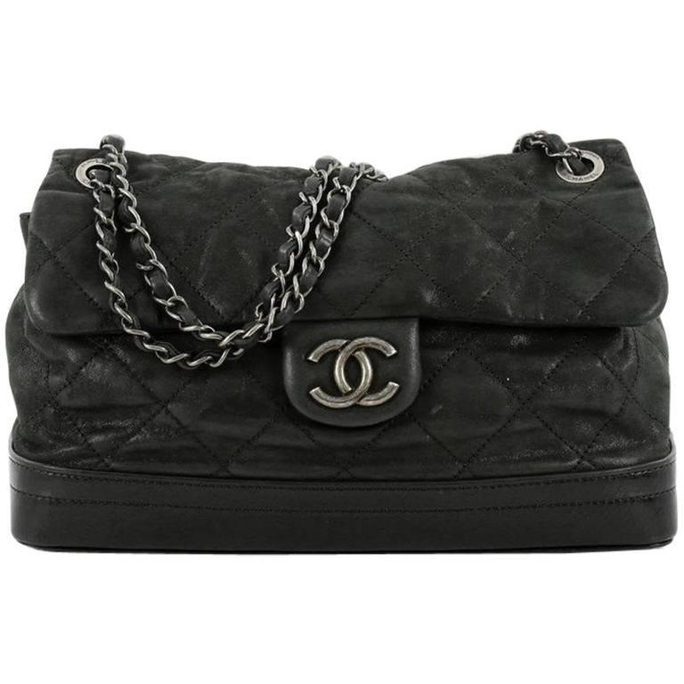 f8e4c9c53b1b Chanel VIP Flap Bag Quilted Iridescent Calfskin at 1stdibs