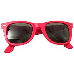 Ray Ban Wayfarer Sunglasses - Red - 1980's - Original - Rare