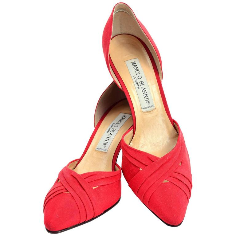 60ea38fef949 Manolo Blahnik London Vintage Red Shoes Heels 8.5 at 1stdibs