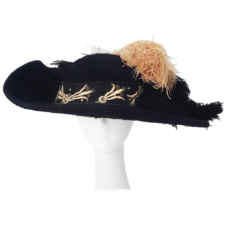 1910s Edwardian Black Felt Hat w/ Pink Feathers & Trim For Sale