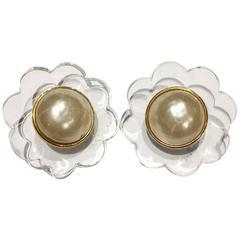 CHANEL Vintage Flowers Clip On Earrings
