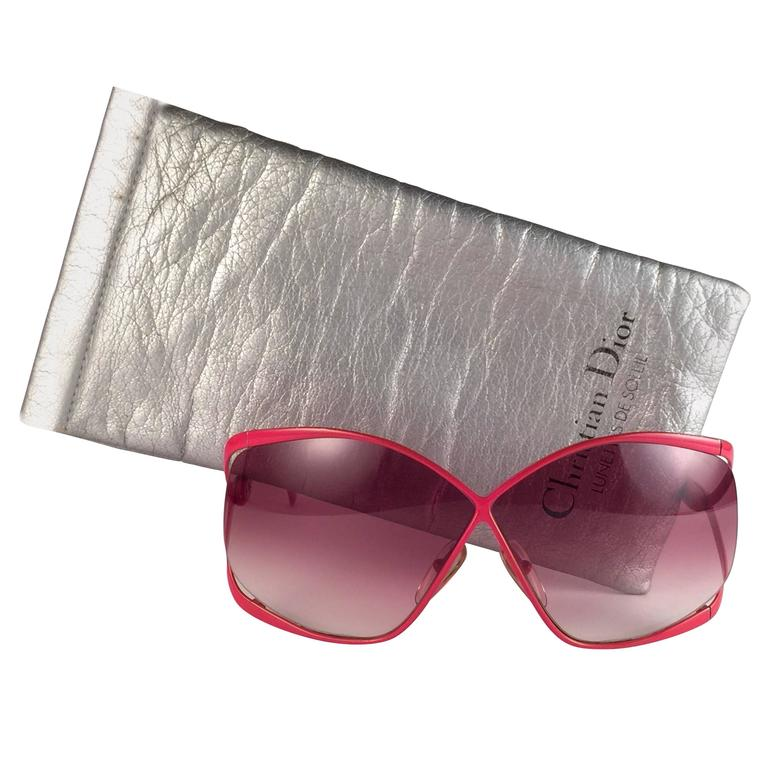 New Vintage Christian Dior 2056 30 Vibrant Red Rose Gradient Lenses Sunglasses
