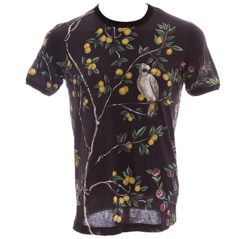 Dolce & Gabbana Men's Black Printed Birds Lemons Cotton T-Shirt, Spring 2016
