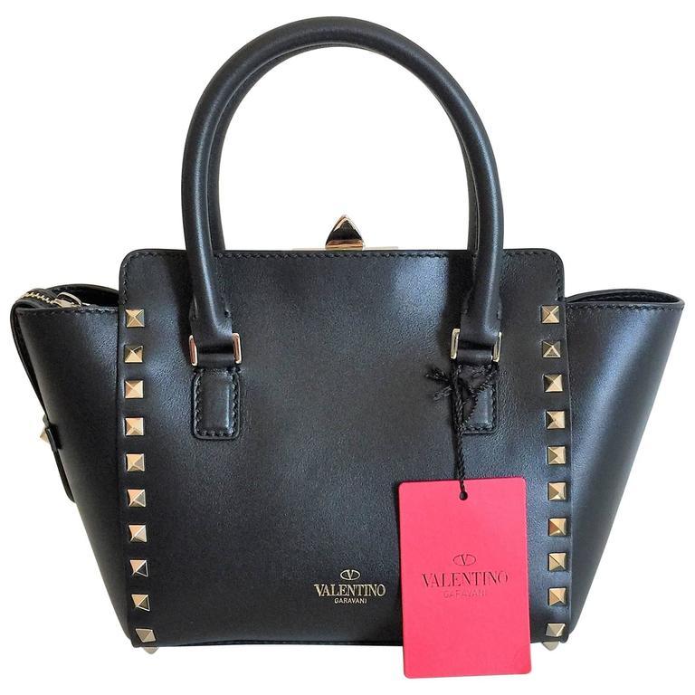New Valentino Garavani Rockstud Mini Black Leather Hand