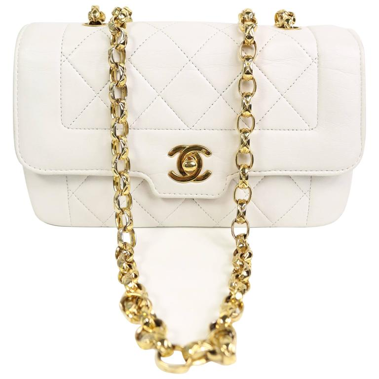 8cae6394780347 Chanel White Quilted Lambskin Mini Flap Bag with Gold Chain at 1stdibs